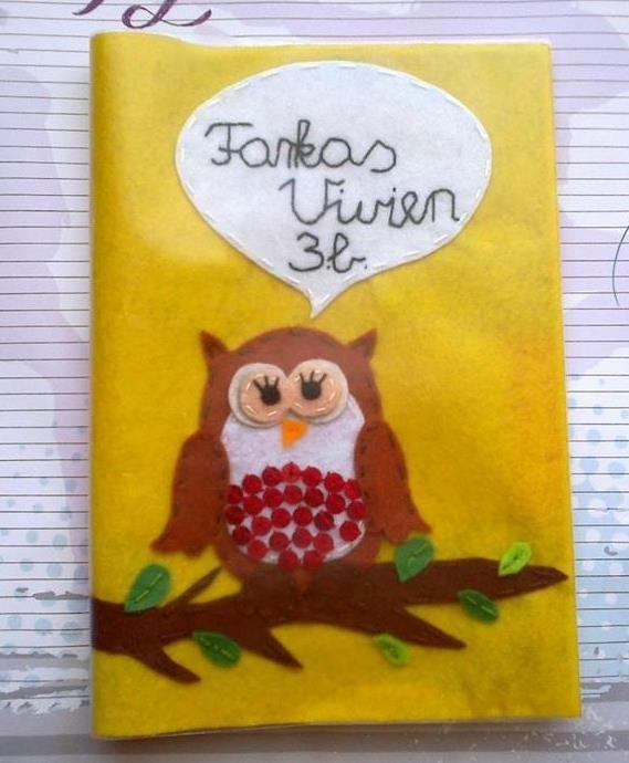 Baglyos iskolai füzetborító Felt owl exechise boor cover