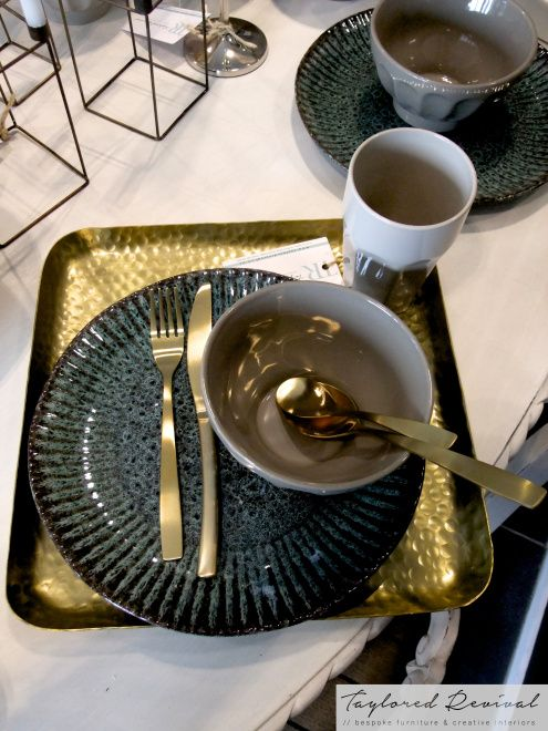 crockery and cutlery (12)
