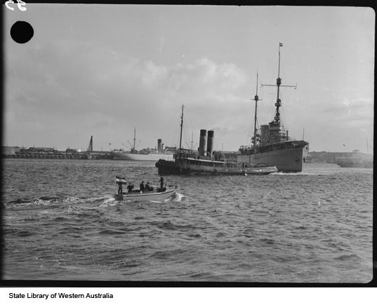 Dutch warship, Fremantle https://encore.slwa.wa.gov.au/iii/encore/record/C__Rb2383562