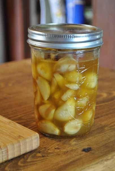 Medicinal Pickled Garlic ~ Cheryl's Delights  #garlic