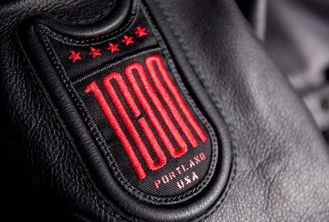 #ICON1000 Crest