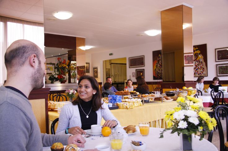 Colazione all' Hotel Ilgo / Breakfast time in Hotel Ilgo
