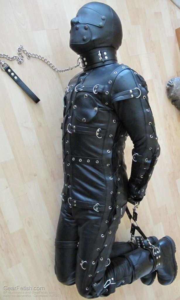 Leather Bondage Pictures 56