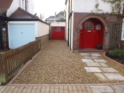 Gravel Driveways brighouse, huddersfield, halifax, bradford, cheap gravel driveways,