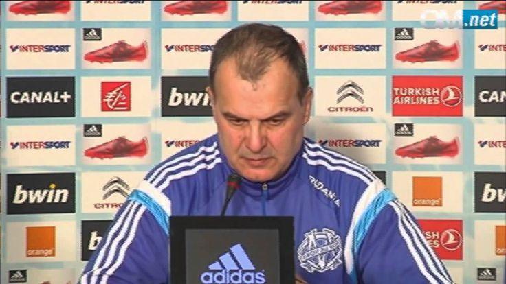 Marcelo Bielsa- Como jugar ante un equipo que se mete a defender, segun ...