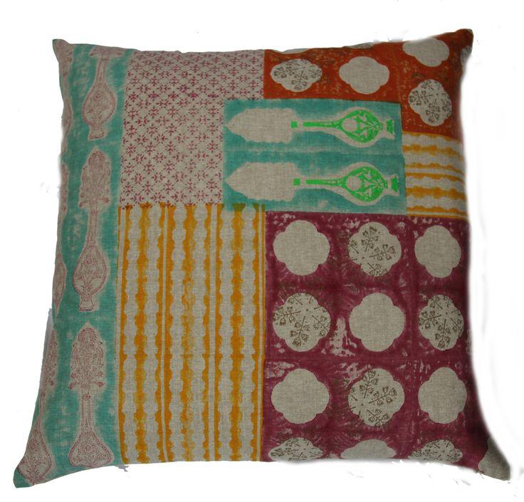 Canvas-Odhani cushion