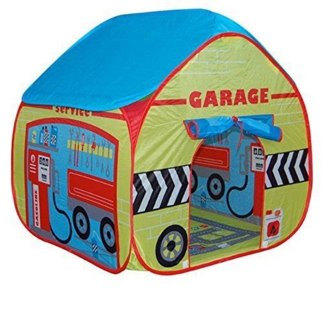 Childrens Garage Play Tent with Road Playmat from Pop it Up #playpretend #childrensplay
