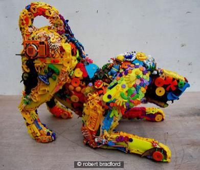 Recycle old kidstoys into a bigger new one. / Van veel knuffels één grote knuffel maken geeft Kunst - Hobby.blogo.nl