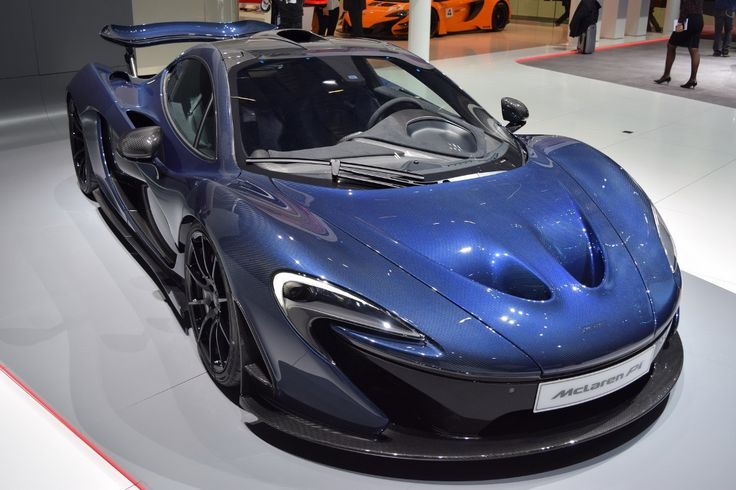 At 2016 Geneva Motor Show, the first debut of the original 2017 #McLaren P1 was started.