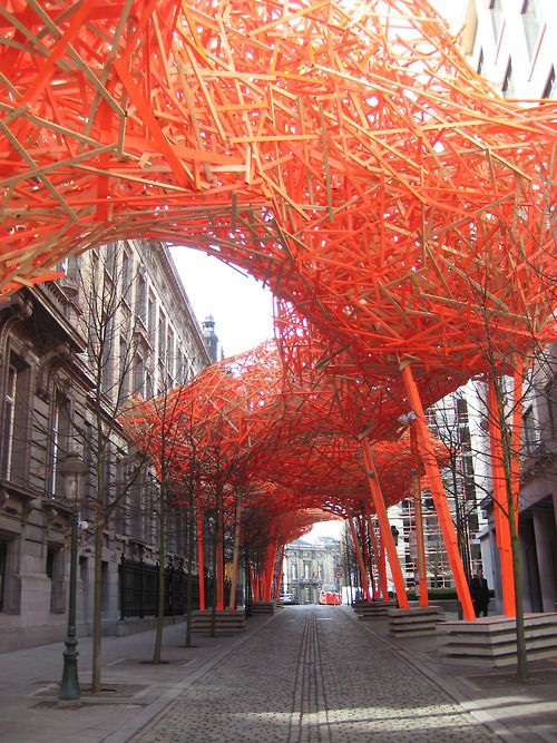 "arne quinze, ""the sequence"", installed in brussels"
