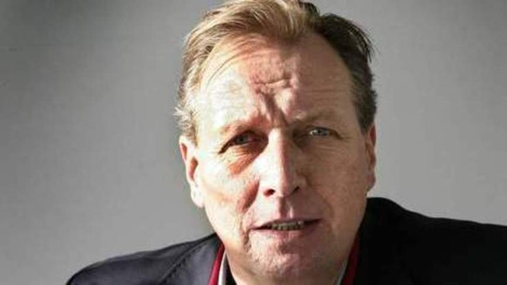 Journalist Albert de Lange overleden   NOS