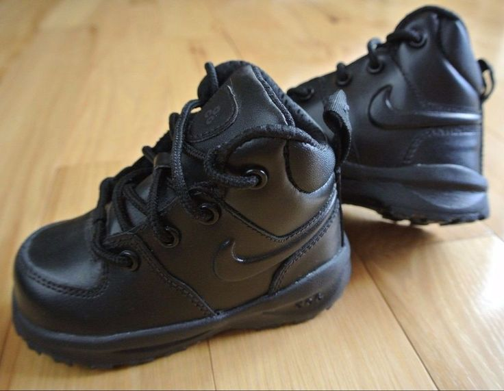 NIKE Manoa Black Leather Boots Shoes Baby Toddler Size 5C