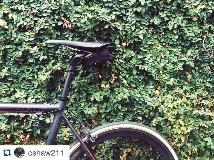 Cool shot Charlie! #Repost @cshaw211 with @repostapp.  My @focusbikes Izalco Max from @the.bike.station just keeps getting better!  #Baaw | #FocusBikes | #Sram | #Zipp | #RoadBike | #FromWhereIRide | #OutsideIsFree | #Rapha | #Cycling | #CyclingPhotos | #CyclingShots | #RoadCycling | #CyclingLife by the.bike.station