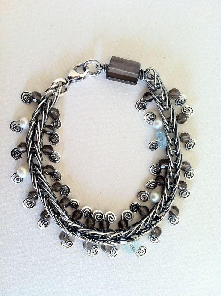 Bracelet in silver.