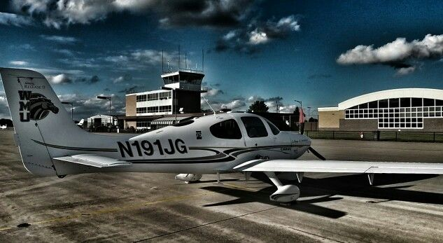 Cirrus SR-20 on the ramp at Western Michigan University, College of Aviation on 27 May 2015.