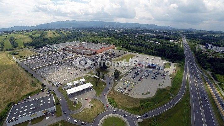 Centrum handlowe Auchan, Leroy Merlin w Bielsku-Białej z lotu ptaka