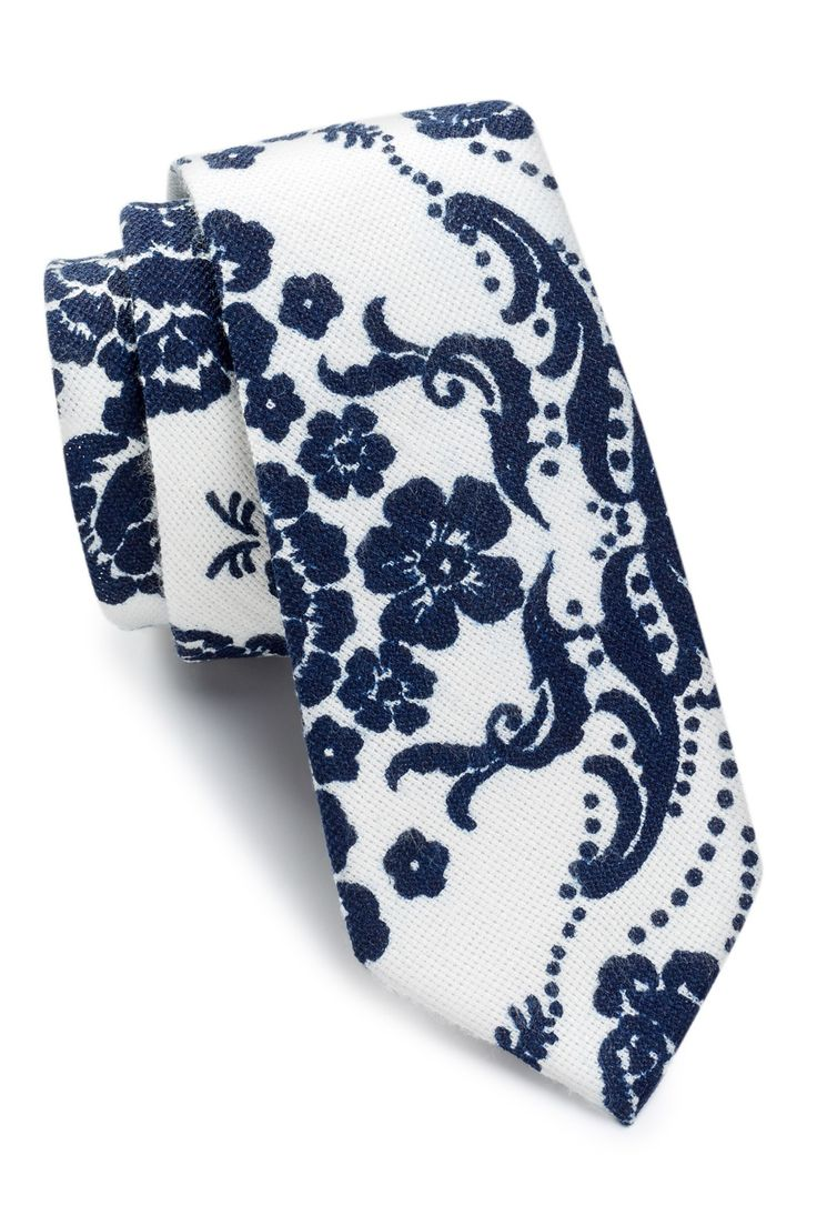 Original Penguin - Beth Floral Skinny Tie at Nordstrom Rack. Free Shipping on orders over $100.