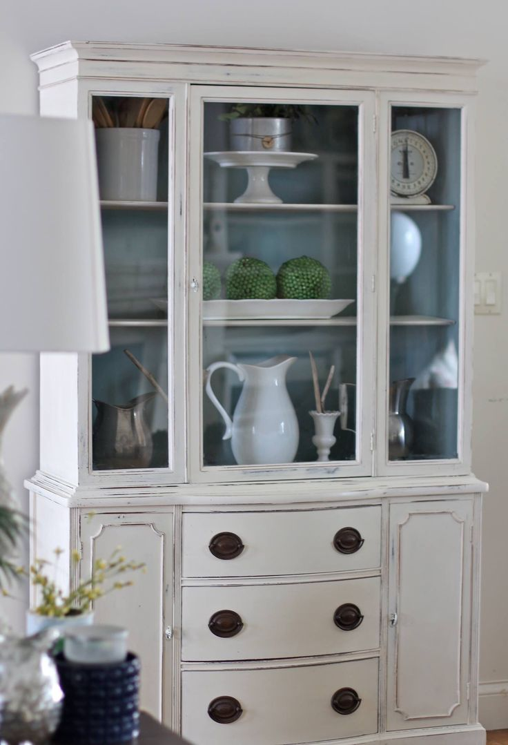 Annie Sloan Chalk Paint White Kitchen
