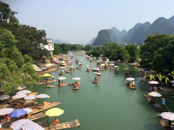https://flic.kr/p/xK5eud | Chinese tourist madness around Yangshou