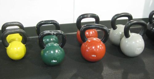 We Tried It: What to Expect in a Kettlebell Class | SparkPeople