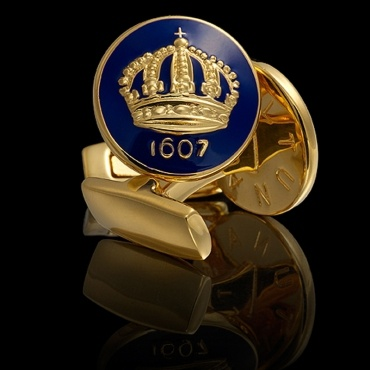 The Crown Gold Royal Blue Cufflinks from Skultuna.