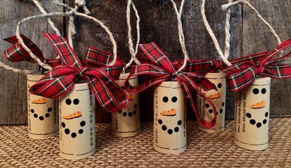 Set of 6 Wine Cork Snowman Ornaments, Christmas Gift Tags, Snowman Ornament, Recycled Cork Ornament, Cork Craft