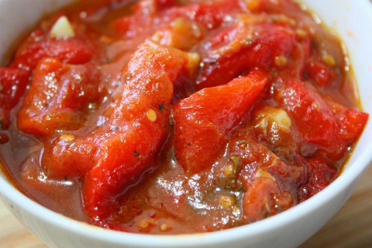 roasted peppers with tomato sauce (ardei copti cu sos de rosii)