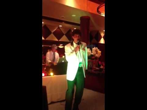 Adam Wainwright Karaoke... | 15 Reasons You Should Be Rooting For The St. Louis Cardinals