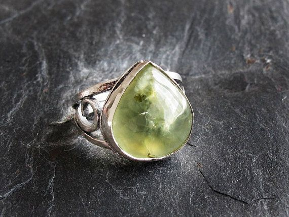 Peridot 925 Sterling Silver Size 65 Ring by GlassHouseLampwork