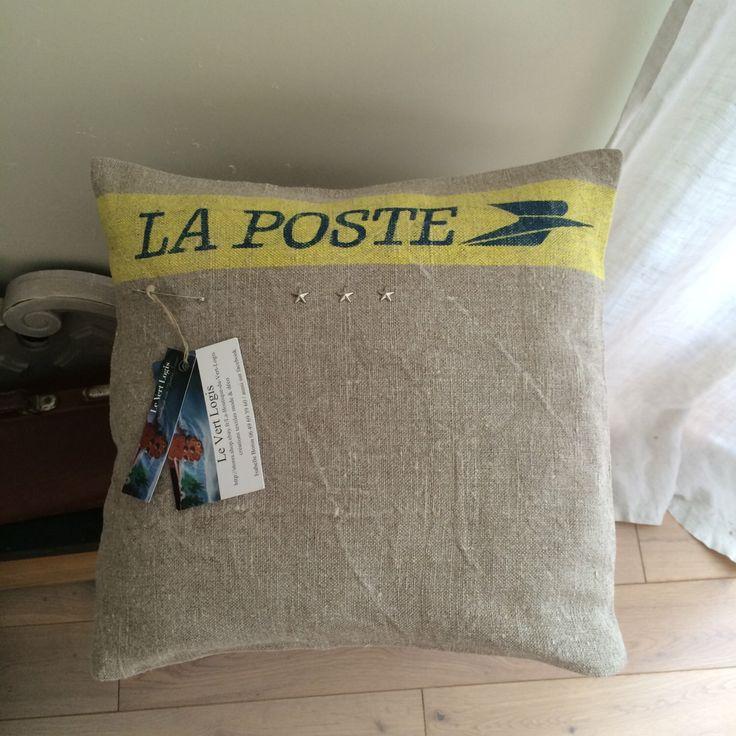Le chouchou de ma boutique https://www.etsy.com/fr/listing/478742339/coussin-la-poste-100-lin-dehoussable-32