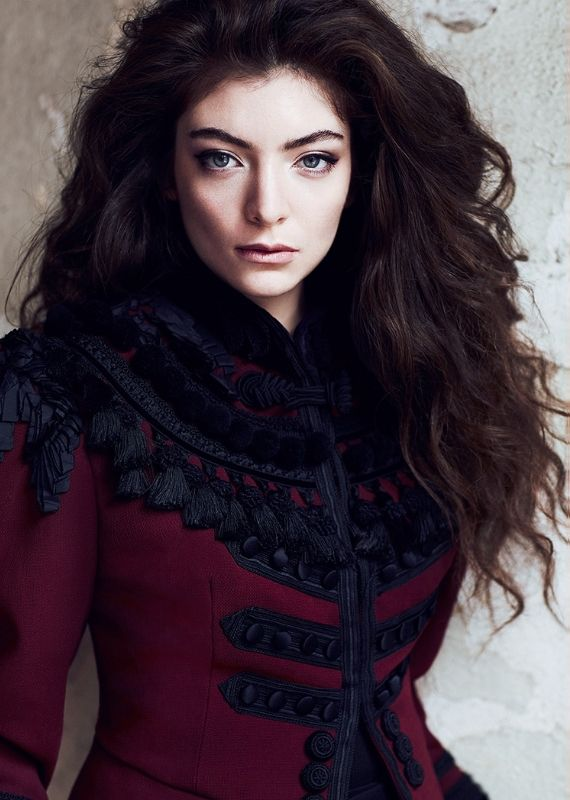 I've been listening to Lorde a lot lately:). And I would totally wear that coat:D