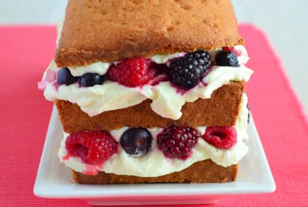 Vanillecake met mascarpone en rood fruit