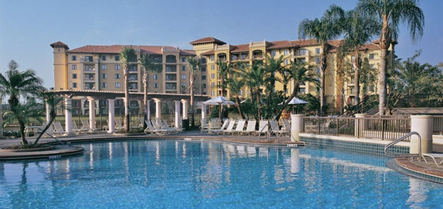 Best Vacation resort in Niagara Falls, Ontario, Canada. Hotel accommodation at Ramada Niagara Falls. Cheap Flight to Niagara Falls, Ontario, Canada