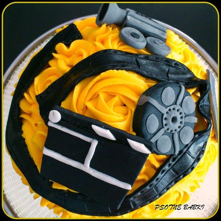 Movie cake/big cupcake