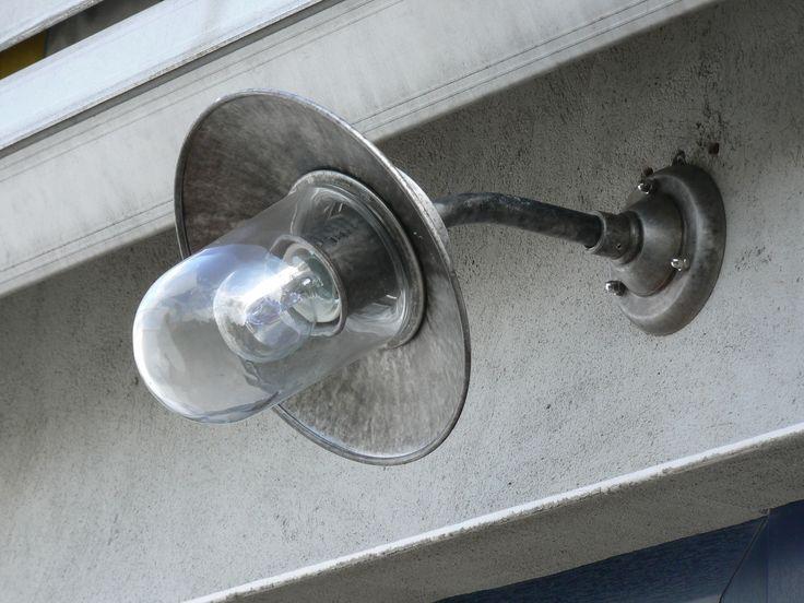 Hedendaags klassiek wand (buitenverlichting - tuinverlichting) Verkrijgbaar in verouderd Aluminium of verouderd brons