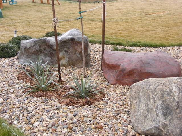 artificial rock covers for septic tank lids - Garden Ideas To Hide Septic Tank