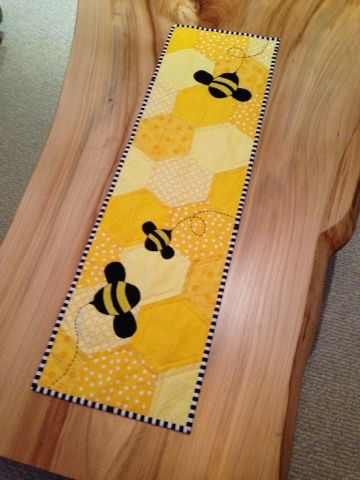 21 best Bee Quilts images on Pinterest   Bees, Quilt patterns and ...