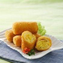 SWEET CORN RISOLES http://www.sajiansedap.com/mobile/detail/17142/sweet-corn-risoles