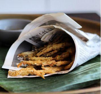Aglio, Olio e Peperoncino: Fritto di Paranza ~ Fried Whitebait Recipe
