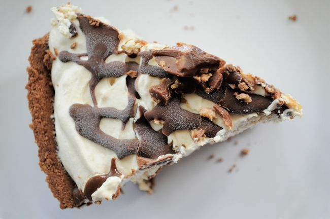 SUPER EASY Peanut Butter Pie