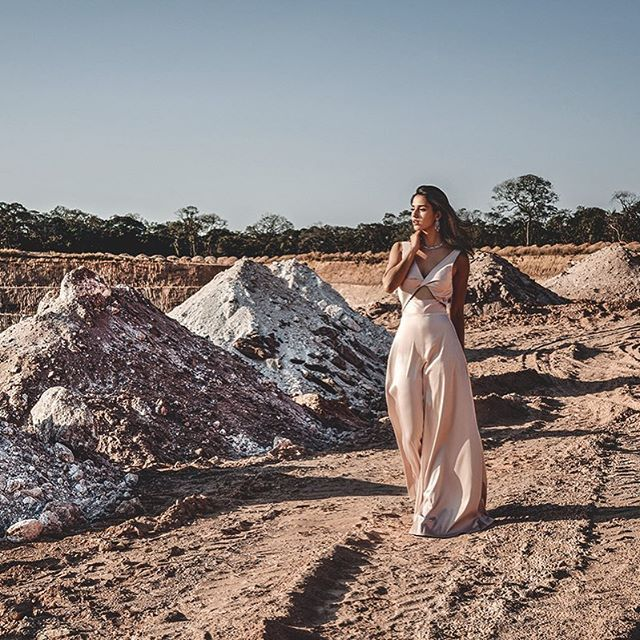 Another peek at our cover shoot with the rising star @dishapatani shot at the world's largest Emerald mine; Kagem Zambia. Get a copy of our latest issue to read about the girl on the verge of stardom. Disha is wearing - neacklace and earrings @gemplaza set with @gemfields Zambian Emeralds; Jumpsuit @lolabysumanb and shoes @chanelofficial Photography: @andreavaraniphotographer Styling: @prayagm_v  via HARPER'S BAZAAR INDIA MAGAZINE OFFICIAL INSTAGRAM - Fashion Campaigns  Haute Couture…