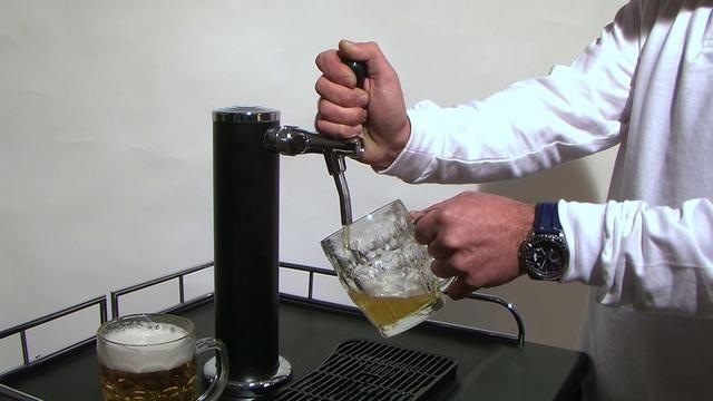 Como tirar una caña con el grifo de cerveza MyBar.