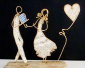 La demande en mariage - figurines en ficelle de kraft armé et papiers originaux