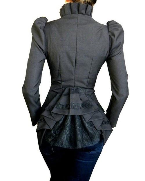 Victorian inspired jacket=love