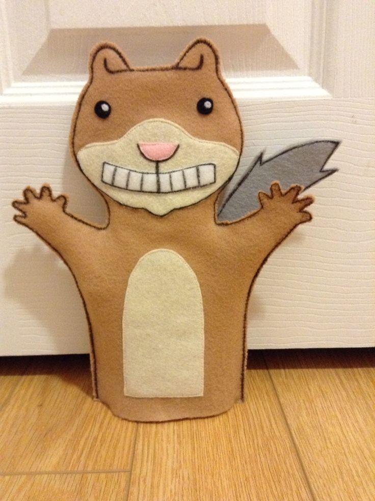 """Felt """"Scaredy Squirrel"""" Puppet                              …                                                                                                                                                                                 Más"""