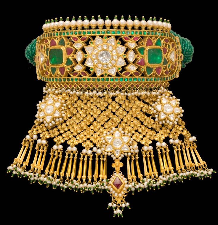 22ct Indian Gold Pendant Set 993 99: 17 Best Images About Indian Jadau Jewellery On Pinterest