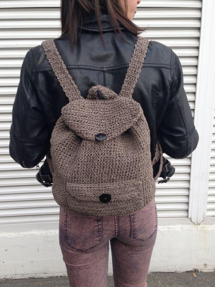 gri sırt çantası Zet.com'da 125 TL