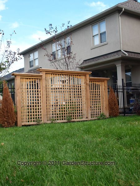 Lattice privacy screen plans woodworking projects plans for Lattice yard privacy screen