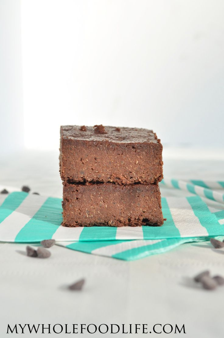 Quinoa Brownies - My Whole Food Life 1 1/4 cup cooked quinoa 1/2 cup cocoa powder 1/2 cup maple syrup 2 flax eggs (you can use real eggs if you like) 1/2 cup unsalted almond butter 1/3 cup unsweetened applesauce 1/4 cup coconut oil 1/2 cup vegan chocolate chips 2 tsp vanilla extract 1/2 tsp sea salt