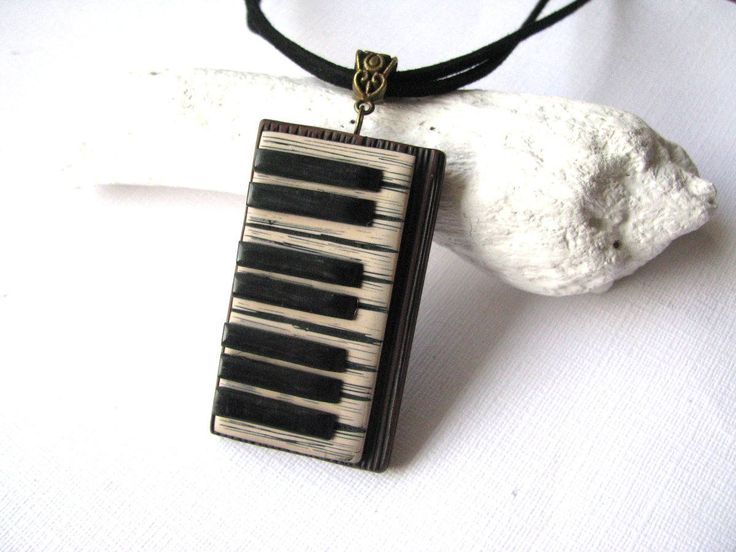Music lover gift - Music necklace - Music jewelry gift - Music lover jewelry - Piano necklace - Music teacher gift - Musician gift - Piano https://www.etsy.com/listing/576575849/music-lover-gift-music-necklace-music?utm_campaign=crowdfire&utm_content=crowdfire&utm_medium=social&utm_source=pinterest